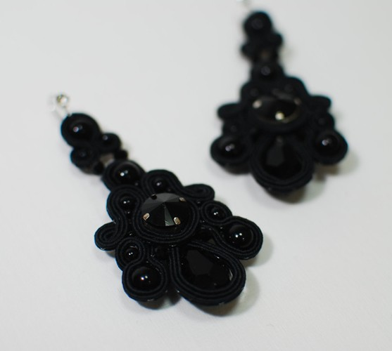 Black soutache earrings